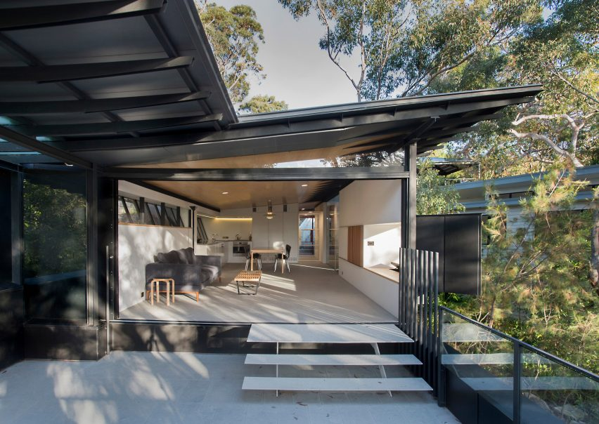 donaldson-house-glenn-murcutt-anthony-browell-photography-architecture_dezeen_2364_col_7-852x604