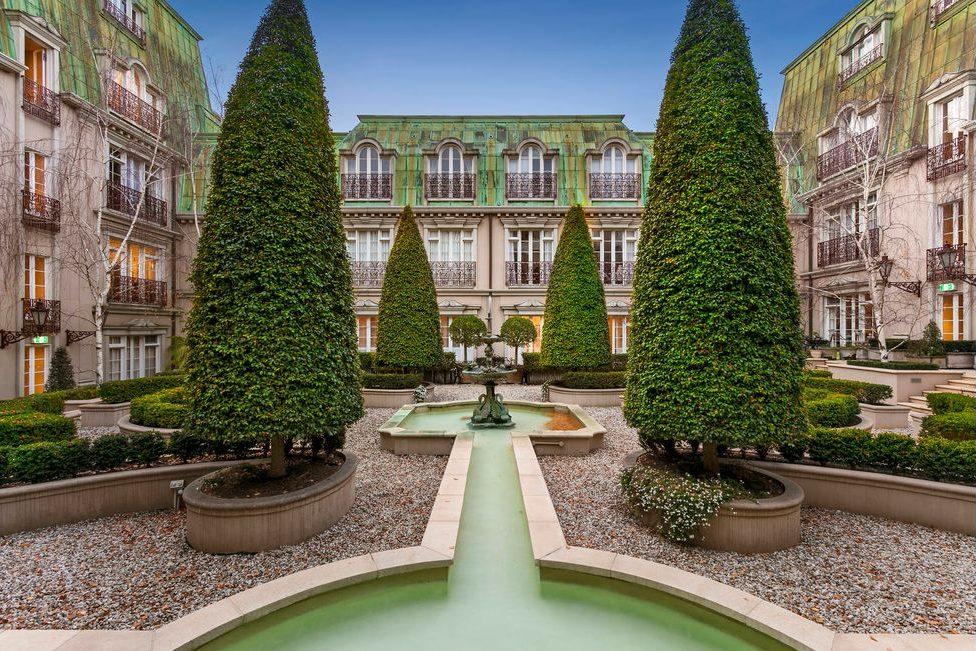 34/50 Ross St Toorak- Communal Garden
