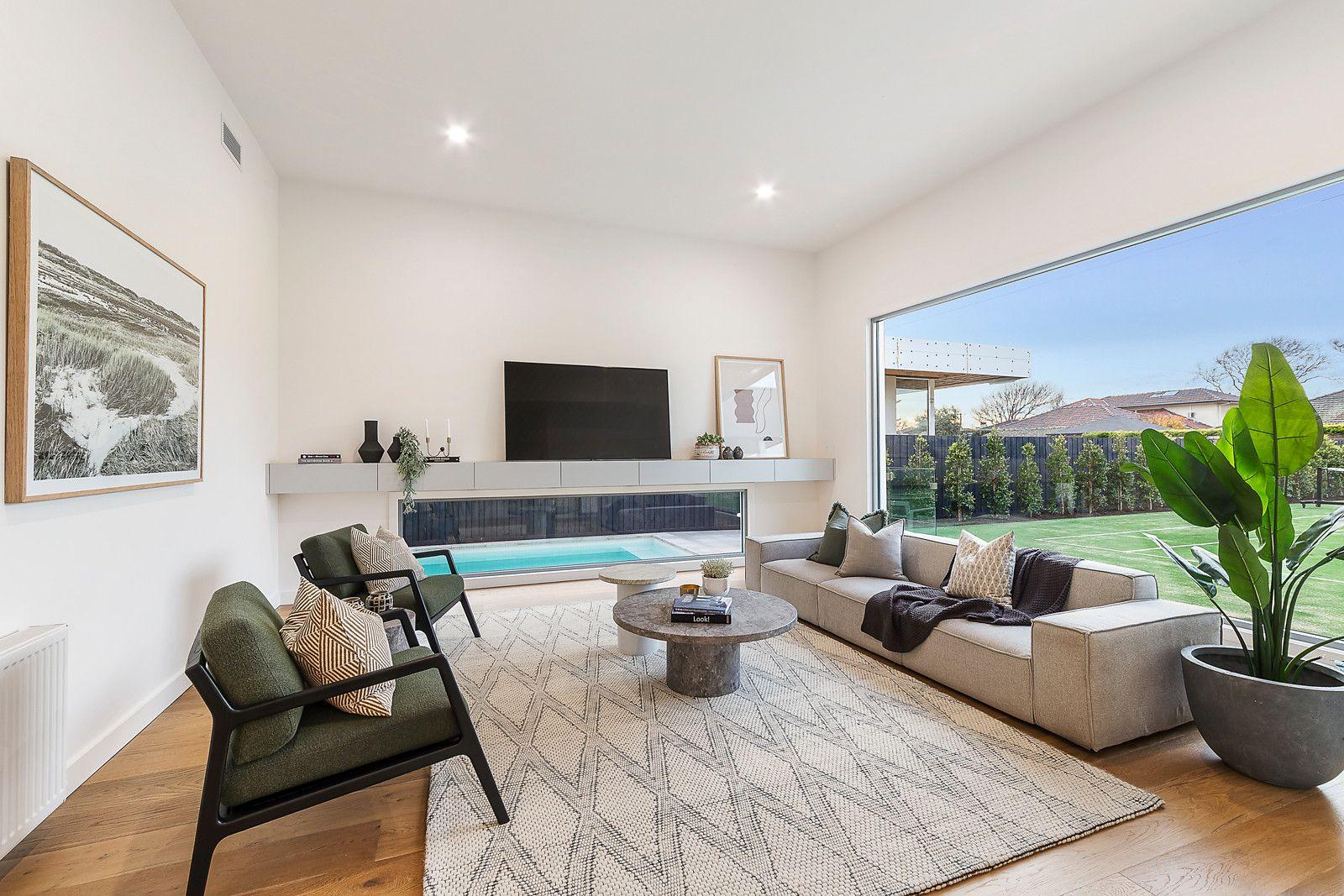 31 Victoria St Sandringham- livingroom