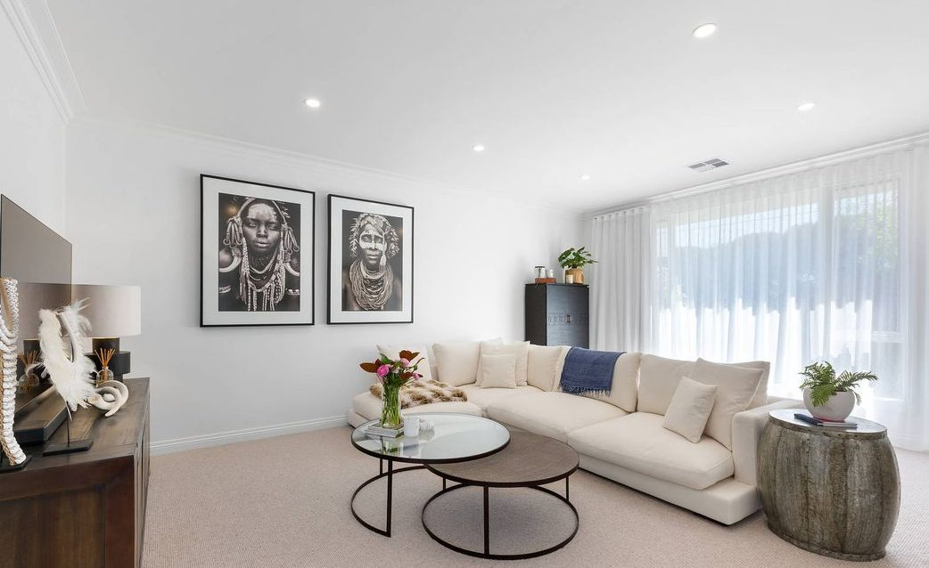 10 Burrows St, Brighton - living area