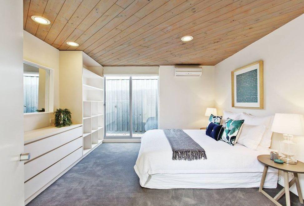 4 The Ave Hampton - Bedroom