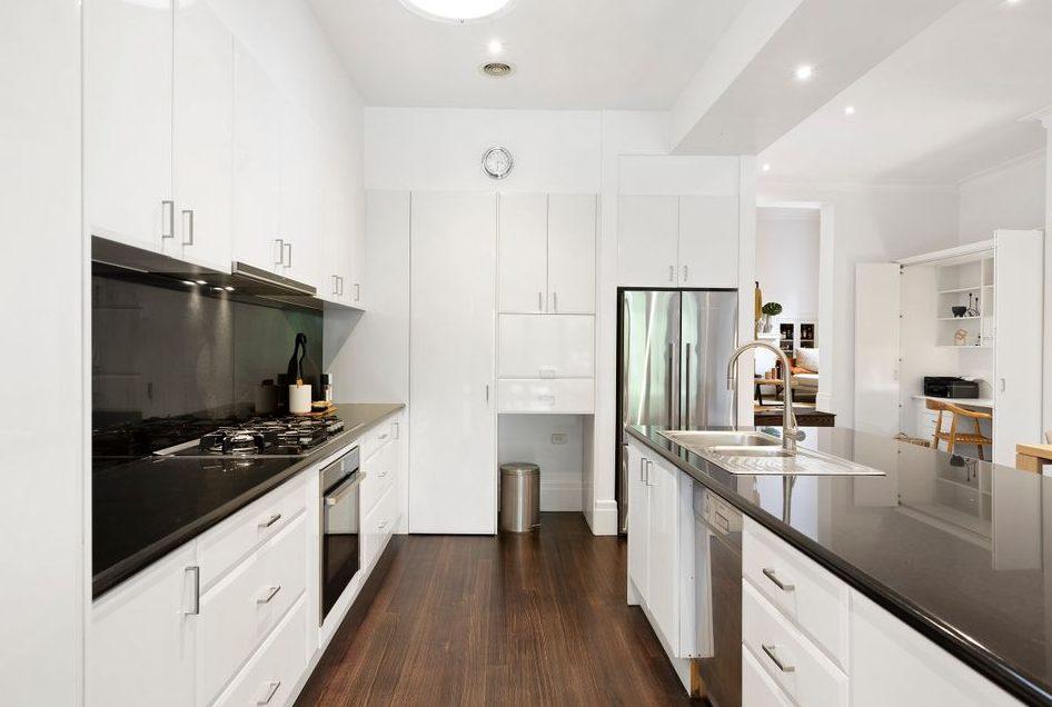47 Begonia Rd Gardenvale - kitchen
