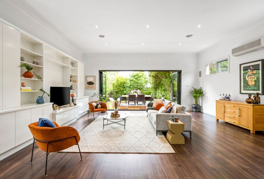 47 Begonia Rd Gardenvale - living area
