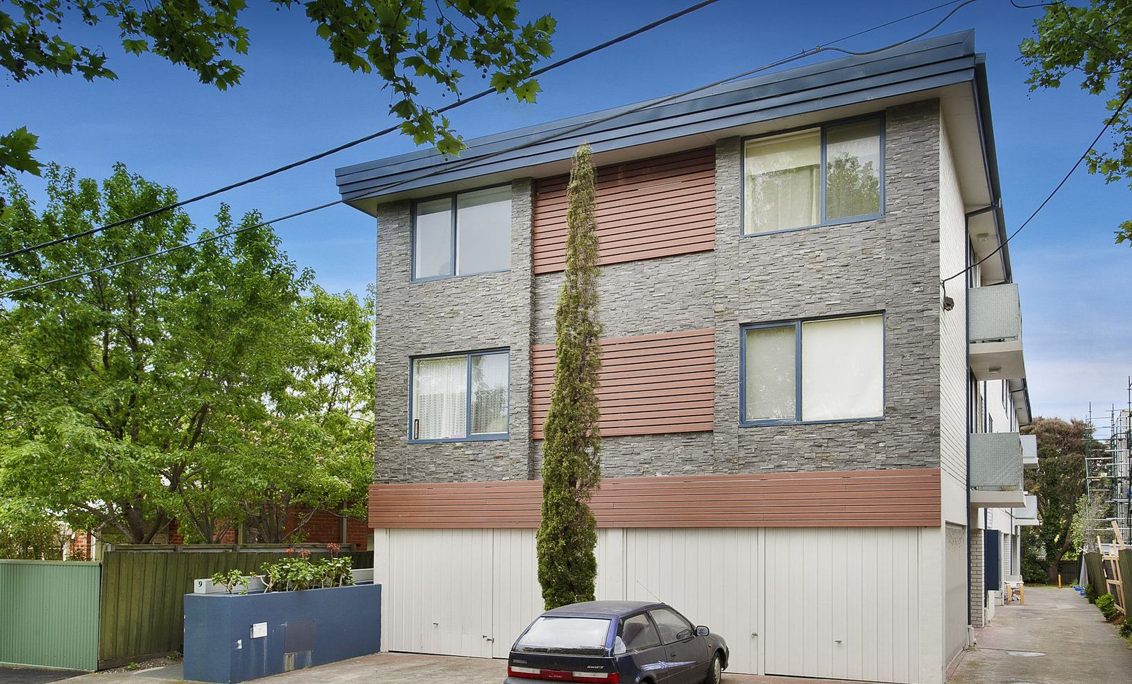 4/9 Wilton Grove Elwood - apartment building
