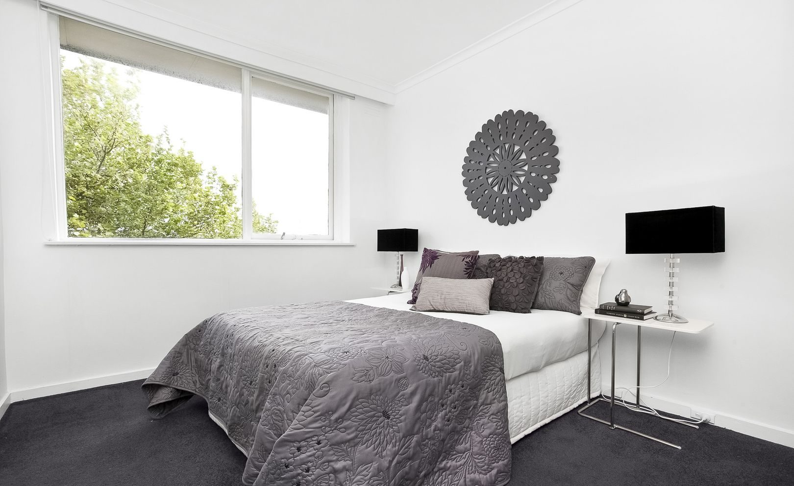 4/9 Wilton Grove Elwood - bedroom