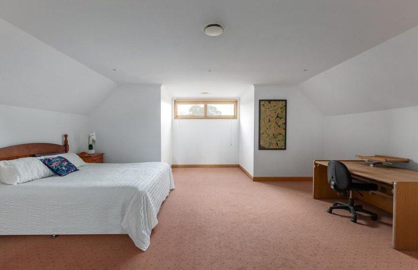 50 Begonia Rd, Gardenvale - bedroom