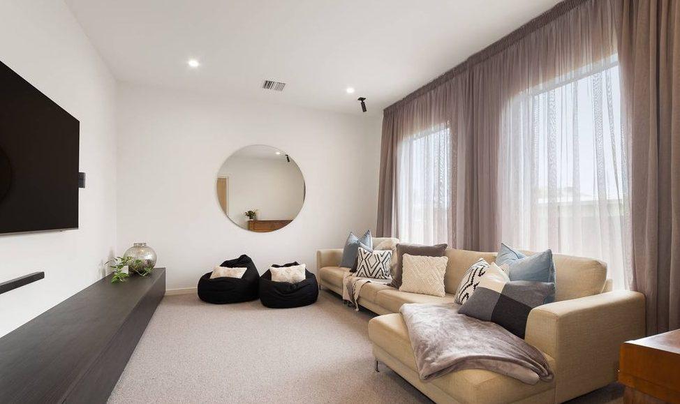 80 Victoria St, Sandringham - second living area