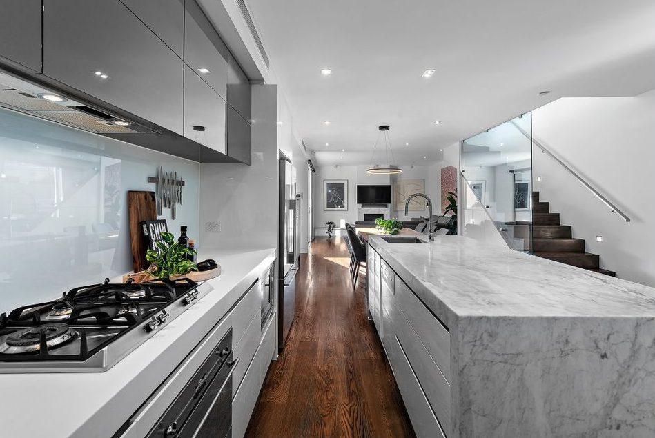 21 McCormack st, PM - Kitchen/ living