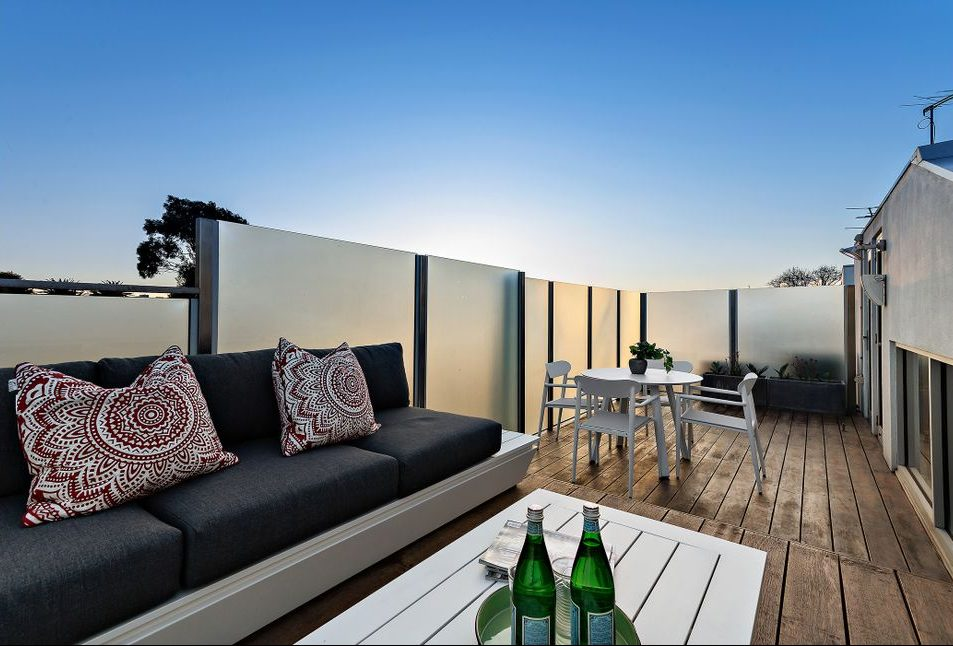 21 McCormack st, PM - roof top deck