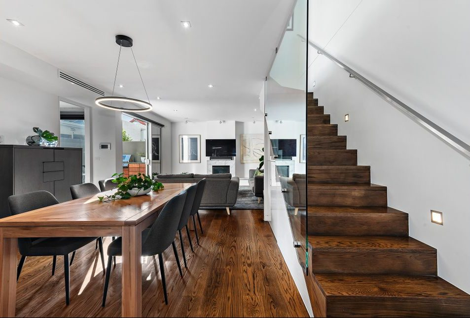 21 McCormack st, PM - Stairs